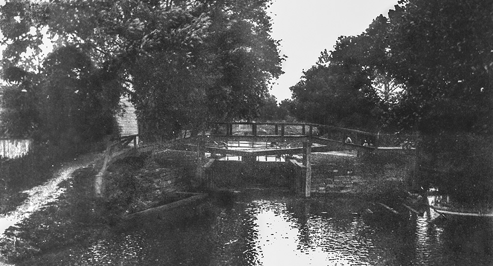 Canal - Milton Lock - North - 1880